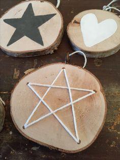 Kerstdecoratie  ~ home decor ~ werken met hout ~ boomstam hangers maken ~ zelfmaker