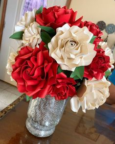 Tiny Rose 6 Paper Rose Template Check out this beautiful vase arrangement made by my talented template client using The Crafty Sagittarius Tiny Rose 6 paper Flower Template How To Make Paper Flowers, Paper Flowers Wedding, Giant Paper Flowers, Paper Roses, Paper Flower Wall, Paper Flower Backdrop, Leaf Template, Flower Template, Vase Arrangements