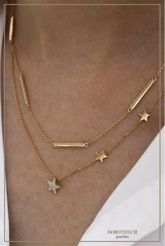 Twinkle, twinkle little star: Wir finden, dass diese minimalistische Sternchenkette perfekt für Layering geeignet ist!