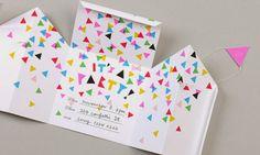 100円ショップでも手に入る、お馴染みのマスキングテープはデザインもカラーの豊富なので、デコレーションの素材にもマストなアイテムですね!今回は、普段使いのノートから、お洒落にして届けたい封筒・メッセージカードなどの紙類までを素敵にアレンジする実例・アイデアをご紹介します!