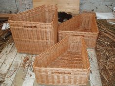 The three finished corner, shaped storage baskets with track border and fingerholes Corner Storage, Storage Boxes, Storage Baskets, 9th Wedding Anniversary, Basket Decoration, Basket Weaving, Wicker Baskets, Craftsman, Shapes