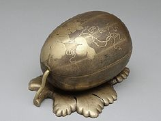 Melon-shaped incense container_late17c_versailles.jpg