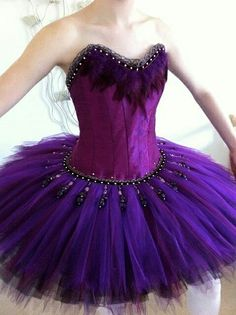This is a very beautiful ballet costume. I can see a turquiose blue tutu skirt and an Ariel mermaid costume is born. Tutu Ballet, Ballerina Tutu, Ballet Dancers, Ballerinas, Ballet Feet, Bolshoi Ballet, Purple Tutu, Purple Love, Dance Costumes
