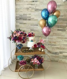 🌷 Decor e arranjos: Bolo: Doces: Bouquet de Balões: In love with this Pocket Party ! 🌷 Decor and arrangements: Cake: Sweets: Balloon Bouquet: Cake Table Birthday, Birthday Party Decorations, Birthday Parties, Wedding Decorations, Birthday Presents For Men, Handmade Birthday Cards, Havanna Party, Wedding Reception Flowers, Wedding Dress