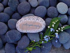 El mundo de Margaret Oomen. Visto en el blog de Mamás Creativas. http://www.mamas-creativas.blogspot.com