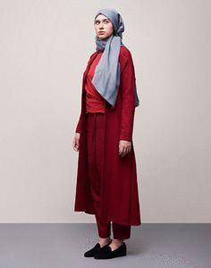 d8231fb1474f HANA TAJIMA 2017 FALL/WINTER COLLECTION   UNIQLO US Wedding Hijab, Modest  Wear,