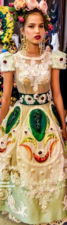 Dolce and Gabbana Fall-17 Alta Moda Backstage
