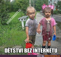 Dětství bez internetu Good Jokes, Funny Jokes, Carpe Diem, Best Memes, Little Ones, Haha, The Incredibles, Celebrities, Kids