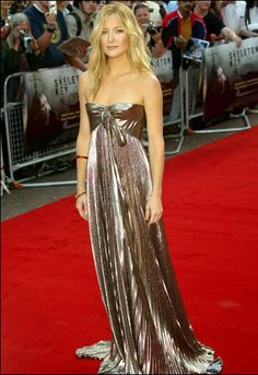 Kate Hudson- love how metallic this dress is