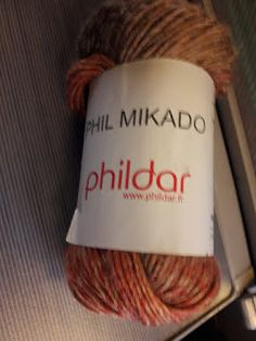 Au Crochet qui m'aille...: Mon châle libellule Patron Crochet, Drink Sleeves, Motifs, Points, Cape, Tejidos, Crochet Scarf Easy, Crochet Patterns, Knit Shawl Patterns