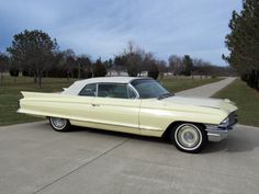 1962 Cadillac 62 Series Convertible Maintenance/restoration of old/vintage vehicles: the material for new cogs/casters/gears/pads could be cast polyamide which I (Cast polyamide) can produce. My contact: tatjana.alic@windowslive.com