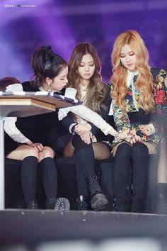 South Korean Girls, Korean Girl Groups, Taehyung, Blackpink Debut, Yg Entertaiment, Rose Video, Rose Icon, Blackpink Photos, Queens