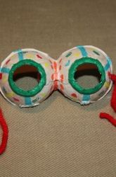 Egg Carton Mask     Kids can applay their budding creativity and vivid imaginations in this cute and clever mask activity. The best part? You can make it using recycled materials from around the house. This is a great creative art project for preschoolers, and with all the cutting, painting, and coloring, it's great for developing those fine motor skills, too.