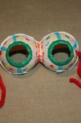 Une belle paire de lunettes... avec une boîte d'oeufs!