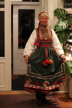 Costumes Around The World, Fashion Terms, Folk Clothing, Scandinavian Fashion, Folk Fashion, Folk Costume, Traditional Dresses, Norway, Bridal Dresses
