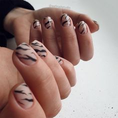 Please come and have a look. Today I will share with you my favorite painted nail art, which includes acrylic nails and short nails. Nail Design Stiletto, Nail Design Glitter, Uv Gel Nails, Nail Manicure, Acrylic Nails, Marble Nails, Nude Nails, Trendy Nail Art, Stylish Nails