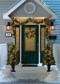 Decorating Doors For The Christmas Holidays 181 Best