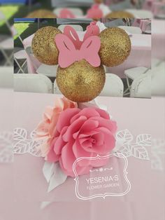 Minnie D Mouse Paper Flower Centerpiece Instagram: yesenias_flower_garden