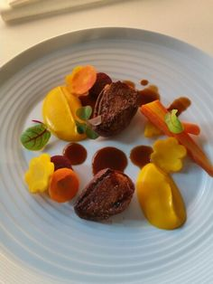 Pigeon breats, puree  carots, thyme sause.