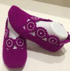 Crochet Bra, Crochet Baby Shoes, Knitted Slippers, Crochet Slippers, Filet Crochet, Crochet Stitches Free, Baby Knitting Patterns, Crochet Patterns, Baby Shoes Pattern