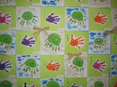 Ocean Quilt - love the little handprint fishies Daycare Crafts, Preschool Activities, Kindergarten Fun, Ocean Quilt, Fish Quilt, Art For Kids, Crafts For Kids, Under The Sea Theme, Ocean Crafts