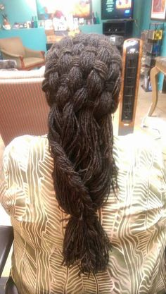 SISTERLOCS - Hair by Beverly Collar-Credle