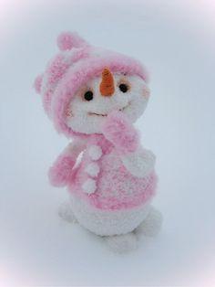 Снеговичечка Маняша - самая обаятельная и привлекательная! - А тут - мои игрушки. - Галерея - Форум почитателей амигуруми (вязаной игрушки)