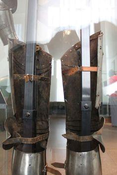Back of leg harness Leg Harness, Arm Armor, Product Description, Legs, 15th Century, Weapons, Paris, Armors, Thigh