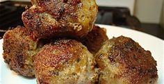 Low Carb Breakfast Meatballs - Makes 50 to 60 meatballs & freezes well… Low Carb Keto, Low Carb Recipes, Cooking Recipes, Low Carb Breakfast, Breakfast Recipes, Free Breakfast, Breakfast Snacks, Cocina Light, Great Recipes