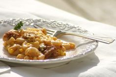 Gluten-free/dairy-free mac and cheese. Must try (tonight!?) Easy and only a few ingredients.