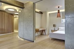 Fresh combo Cement, natural wood, high ceiling, good light