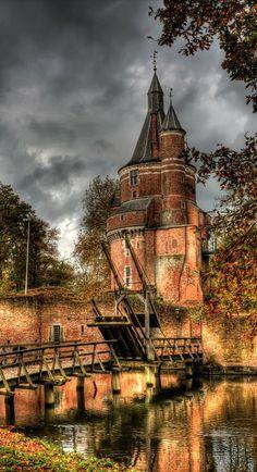 Castle Duurstede in Wijk bij Duurstede, Utrecht, Netherlands • photo: mvwijk on Flickr
