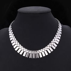 African Jewelry Bib Necklace Women Platinum/18K Real Gold Plated Wholesale Tassels Choker Necklace Statement Necklace U7