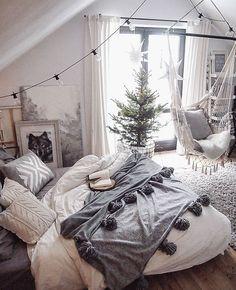 Cozy bedroom decor small bedroom design cozy bedroom theme ideas pictures best winter bedroom ideas on Dream Rooms, Dream Bedroom, Bedroom Small, Trendy Bedroom, Warm Bedroom, White Bedrooms, Bedroom Ideas For Small Rooms For Teens, Bedroom Modern, Minimalist Bedroom