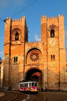 La Catedral de la Sé se levanta sobre la antigua mezquita de la ciudad. Lisboa
