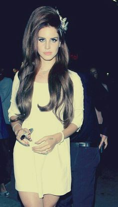 Lana Del Rey #LDR | www.shoplbb.com | Intimate Accesories for Women and Couples