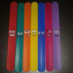 Bookmark Craft, Diy Bookmarks, Craft Stick Crafts, Fun Crafts, Paper Crafts, Art Drawings For Kids, Easy Drawings, Popsicle Stick Diy, Diy For Kids