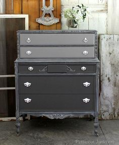 DIY Furniture : DIY Frosted Paint Finish For Furniture