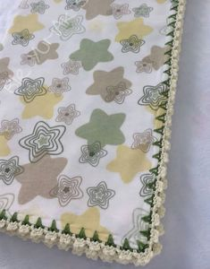 Bebe Baby, Diy And Crafts, Blanket, Rugs, Home Decor, Baby Things, Tricot, Layette, Amor