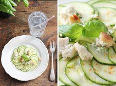 Carpaccio de courgettes au citron, à l'ail et au basilic - VGL Carpaccio, Feta, Everyday Food, Fresh Rolls, Entrees, Main Dishes, Bbq, Salads, Vegan Recipes