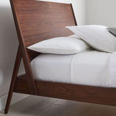 An update to classic mid-century designs, the Wright Bed's headboard is set back at a slight angle, giving you more room to lean back while reading, watching TV or scrolling through your phone in bed. Its headboard and legs meet in an A-frame deta… West Elm Bedding, Reclaimed Wood Beds, Oversized Furniture, Bedding Inspiration, King Size Bed Frame, Pallet Beds, Wood Headboard, Upholstered Beds, Headboards For Beds