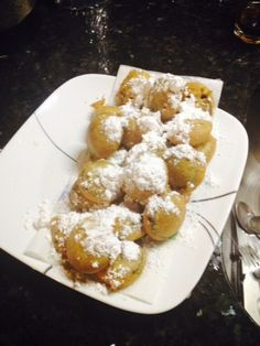 Get a Boardwalk or State Fair tasting fried Oreo in minutes using pancake mix and your stove top! Fried Oreos Recipe