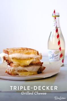 Triple-Decker Grilled Cheese recipe calls for three pieces of sourdough bread which gets layered with melty mozzarella, sharp cheddar and creamy goat cheese for a tower of cheesy goodness. Soup And Sandwich, Sandwich Recipes, Grilled Cheese Recipes, Wrap Sandwiches, Love Food, Food To Make, Food Porn, Food And Drink, Cooking Recipes