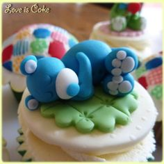 Teddies and Blankets Cupcake