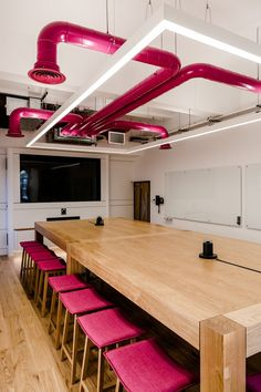 Interaction has designed the new offices of financial comparison website Money.co.uk, located in Gloucestershire, England.