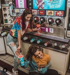 》》》 Friend photoshoot idea - aesthetic slushie machine 💕💙💚 ideas for best friends Bff Pics, Photos Bff, Cute Friend Pictures, Friend Photos, Cute Bestfriend Pictures, Best Friend Fotos, Best Friend Things, Best Friend Pics, Tumblr Bff