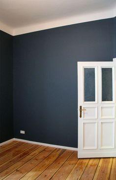 »Stiffkey Blue« No 281, F&B       Die Wohnung meiner Kundin ist gerade frisch gestrichen worden und sieht schon ohne Möbel so gut aus, das...