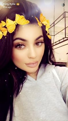 ♡ On Pinterest @ kitkatlovekesha ♡ ♡ Pin: Snapchat ~ Kylie Jenner Butterfly Crown Filter ♡