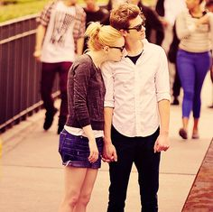 I love Andrew Garfield and Emma Stone :) <3