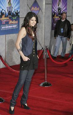 Selena Gomez Skinny Jeans, Selena Gomez Classic Jeans, Selena Gomez Ripped Jeans, Selena Gomez Jean Shorts, Selena Gomez Jeans, Selena Gomez, Selena Gomez Hot For More Visit http://selenagomezhot.info/selena-gomez-skinny-jeans-selena-gomez-classic-jeans/